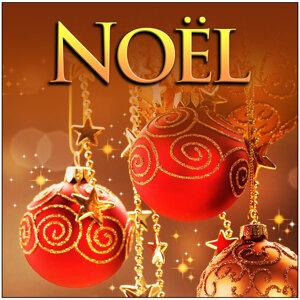 Noël: 12 Festive Classics