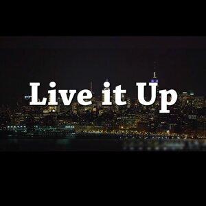 Live It up (feat. Lauren G)