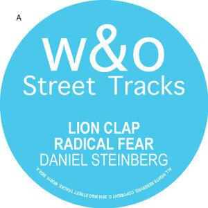 Lions Clap