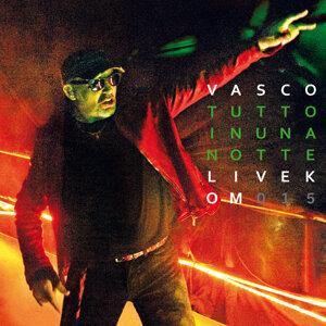 Tutto In Una Notte - Live Kom 015