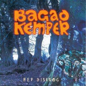 Hep Diskrog - Breton Pipe Band - Celtic Music from Brittany - Keltia Musique - Bretagne