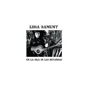 Lidia Damunt en la Isla de las Bufandas