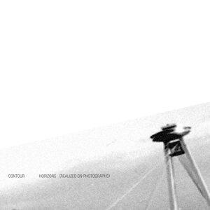 Horizons(realised on photographs)