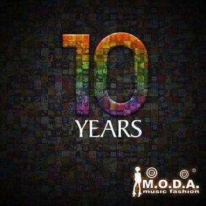 Moda 10 Years