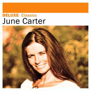 Deluxe: Classics -June Carter