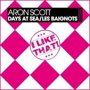 Days At Sea / Les Baignots