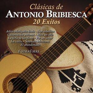 Clásicas de Antonio Bribiesca: 20 Éxitos