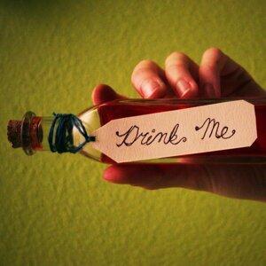 Drink Me (Drink Me)