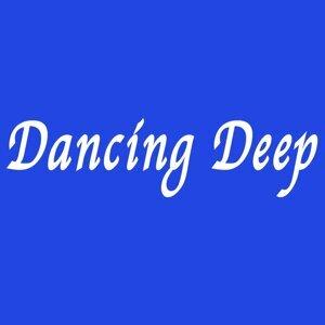 Dancing Deep (Dancing Deep)