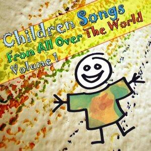 Kinderlieder Aus Aller Welt / Children Songs From All Over T