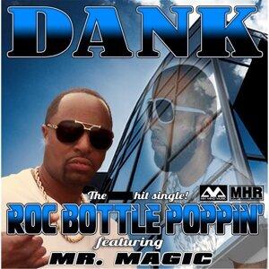 Roc Bottle Poppin' (feat. Mr. Magic)