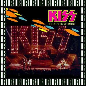 Charlotte Coliseum, Nc. December 28th, 1985 (Remastered, Live On Broadcasting)
