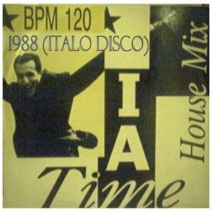 I Am - 1988 Italo Disco