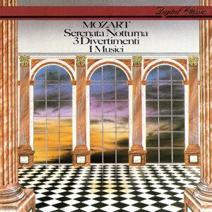 Mozart: 3 Divertimenti; Serenata Notturna