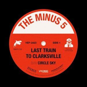 Last Train To Clarksville b/w Circle Sky
