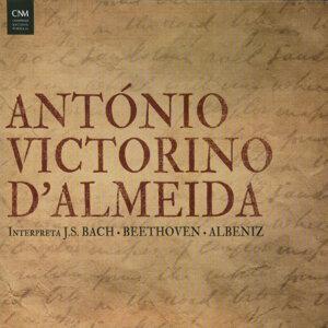 Antonio Victorino d'Almeida interpreta J.S. Bach, Beethoven, Albeniz