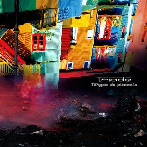 Triade: Tangos de Piazzolla