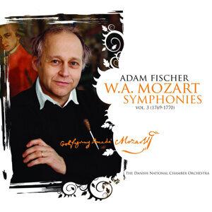 Mozart: Symphonies, Vol. 3 (1769-1770)