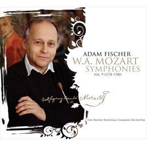 Mozart: Symphonies, Vol. 9