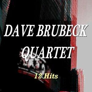 Dave Brubeck Quartet - 12 Hits