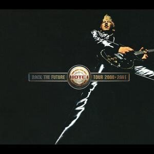 ROCK THE FUTURE TOUR 2000-2001 - Live
