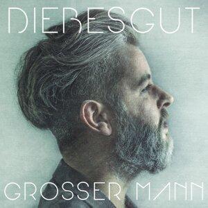 Grosser Mann