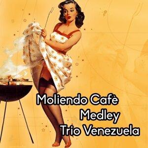 Moliendo Café Medley: Moliendo Café / Mi Corazonada / Un Consuelo / Presentimiento / El Muerto / Perdidos en el Mundo / La Plaga / Tengo el Sentimiento Herido / Pobre el Pobre / Nostalgia Andina / Llora Corazon / Nunca Senti