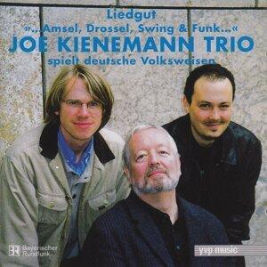 Spielt deutsche Volksweisen '...Amsel, Drossel, Swing & Funk...' - Liedgut