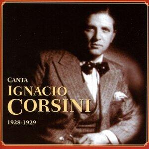 Canta Ignacio Corsini