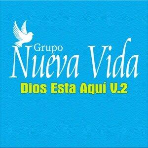 Dios Está Aquí V.2
