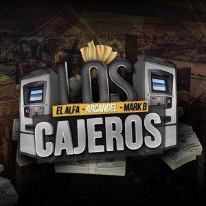 Los Cejeros (feat. Mark B & Arcangel)