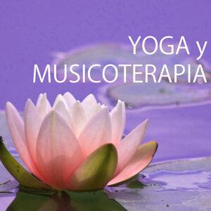 Yoga y Musicoterapia - Las Mejores Canciones Relajantes de Relajamiento Profundo y Meditación de Atención Plena