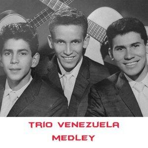 Trio Venezuela Medley: La Pollera Colora / Quien Es / Mi Pueblo / Noche y Dia / Potpourrit de Carnaval / Gracias Corazon / Que Gente Averigua / Diez Años / Extravio / Princesa / Nos Seguiremos Amando / Piruli