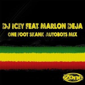 One Foot Skank (Autobots Mix) [feat. Marlon Deja]