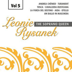 The Soprano Queen, Vol. 5