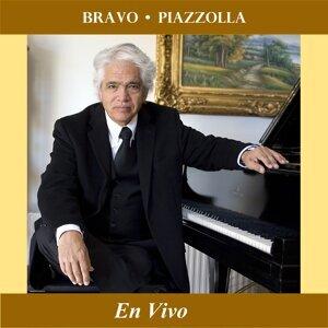 Bravo - Piazzolla (En Vivo)
