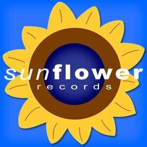 Nuclear Sun - Hands Up Rmx (single)