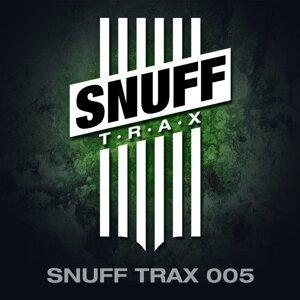 Snuff Trax 005