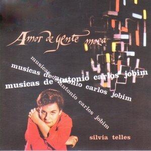 Amor De Gente Moca (Musicas De Antonio Carlos Jobim)