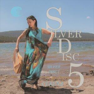 SILVER DISC5