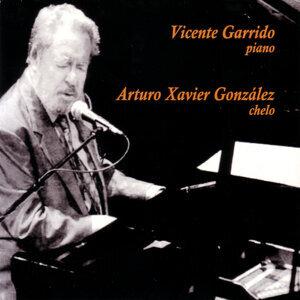 Arturo Xavier Glz. (Chelo) Y Vicente Garrido (Piano)