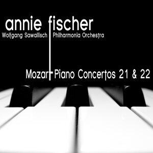 Mozart: Piano Concertos No. 21 and No. 22