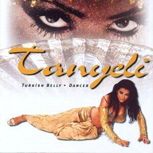 Tanyeli - Turkish Belly Dancer