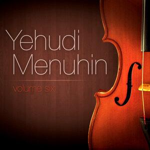 Yehudi Menuhin Vol. 6 : Piano Trio En La Mineur (Piotr Ilitch Tchaïkovski)