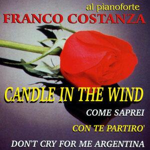 Al pianoforte Franco Costanza