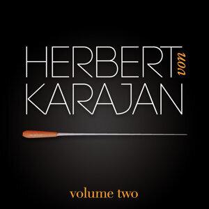 Herbert Von Karajan Vol. 2 : Concerto Pour Clarinette / La Flûte Enchantée / Adagio Et Fugue / Requiem (Wolfgang Amadeus Mozart)