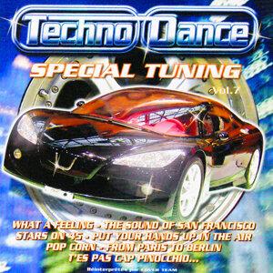Spécial Tuning Vol. 7 (Les Gros Sons Techno Dance Pour Ta Voiture)