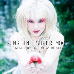 Sunshine Super Moon
