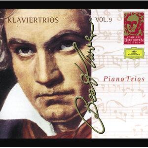 Beethoven: Piano Trios - Complete Beethoven Edition Vol.9