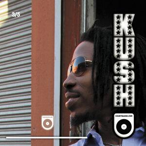 Kush (3 of 5)